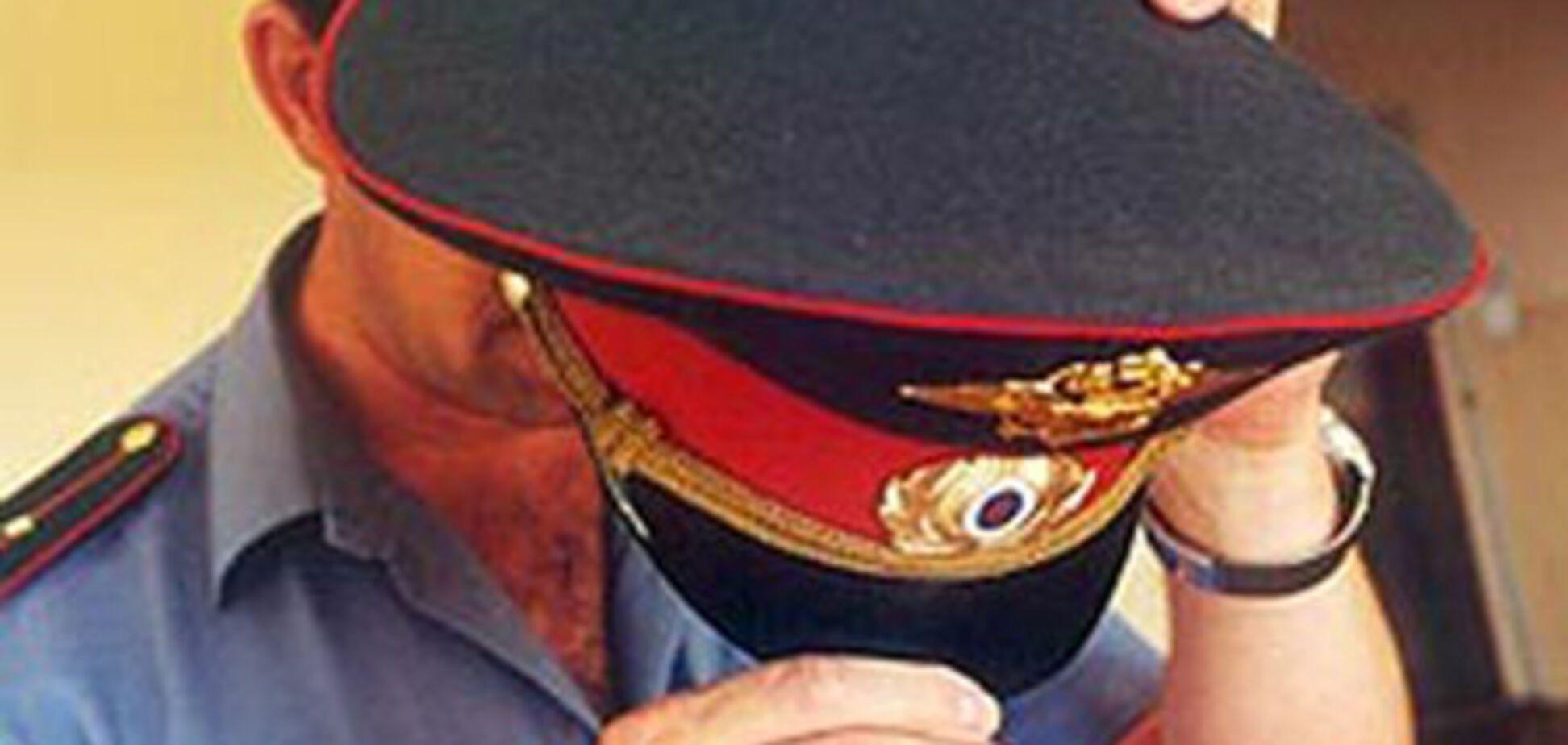 Разъяренный россиянин откусил милиционеру нос