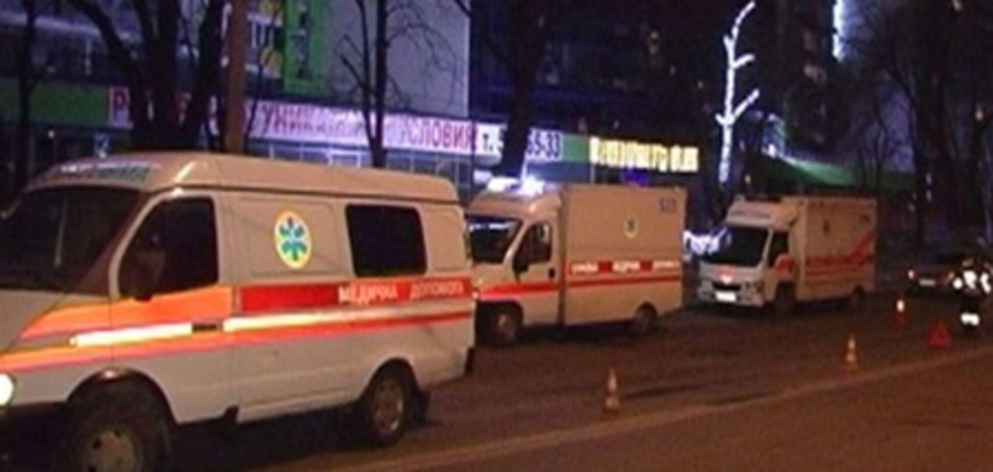 Скорая помощь насмерть сбила пешехода