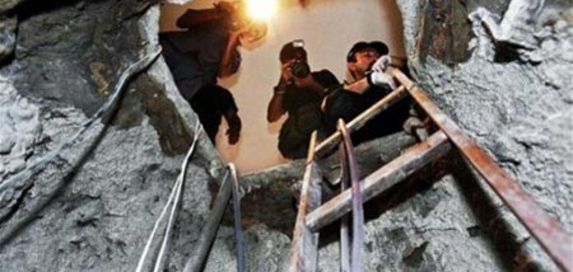Преступники ограбили банк, прорыв 30-метровый тоннель