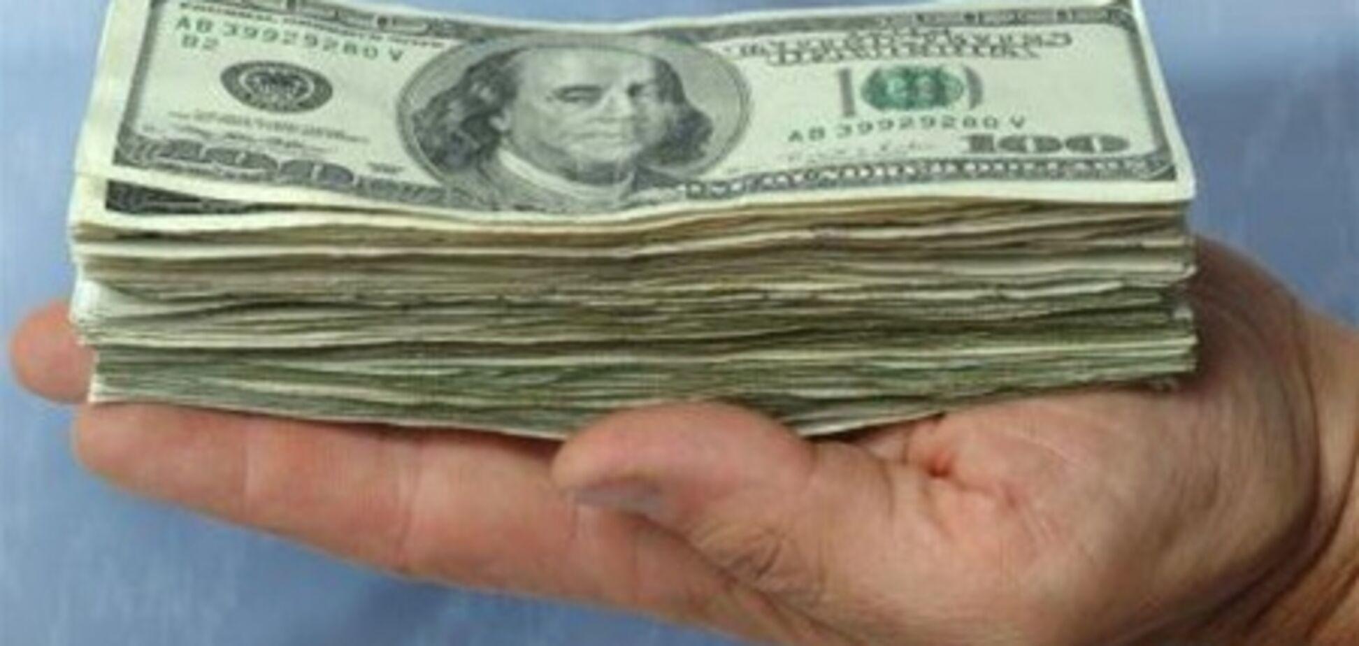 Евро-2012 снизит ажиотаж на покупку бакса - эксперт