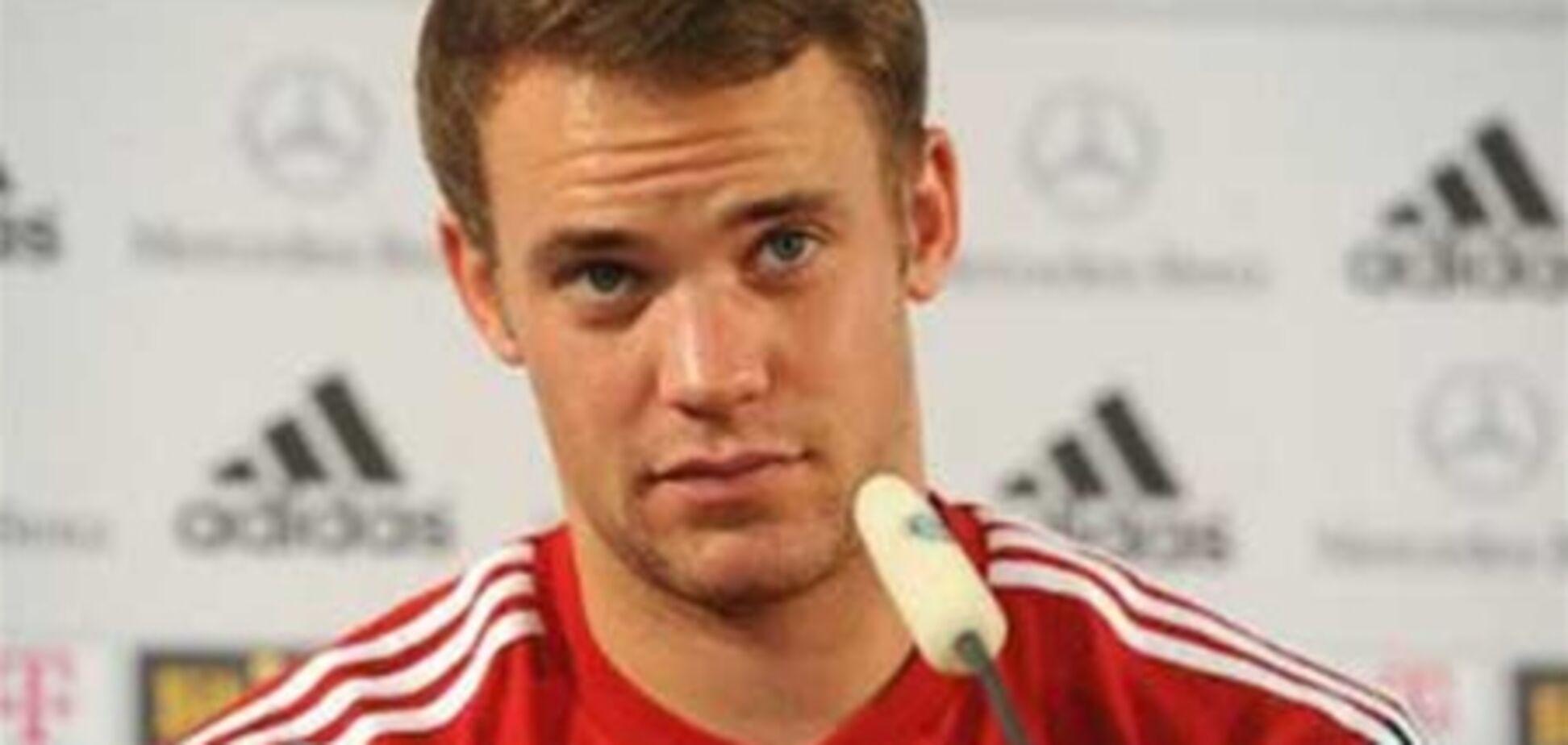 Вратарь сборной Германии выиграл полмиллиона евро в телевикторине