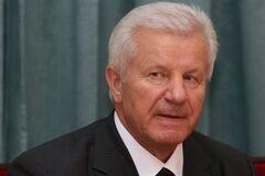 Партия регионов возьмет в список Мороза или Симоненко