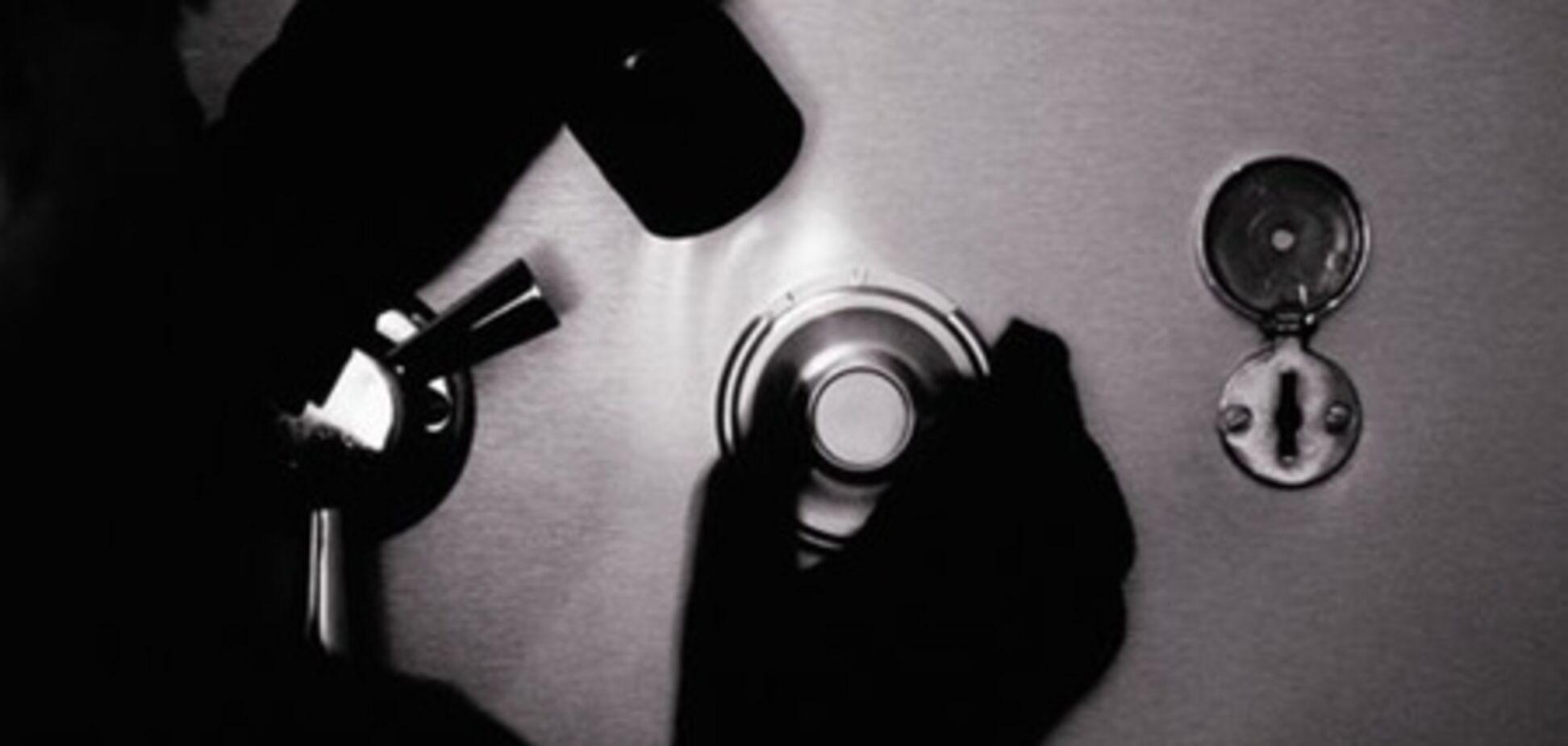 В Краматорске грабители за 12 секунд взяли три сейфа