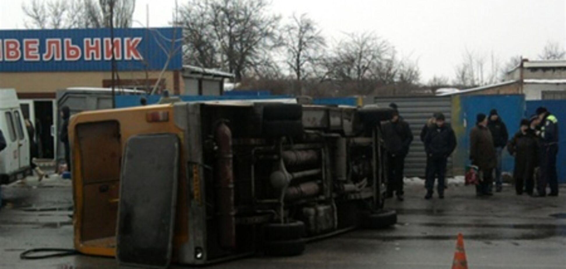 Ситуация на дорогах: 98 ДТП, 14 погибших