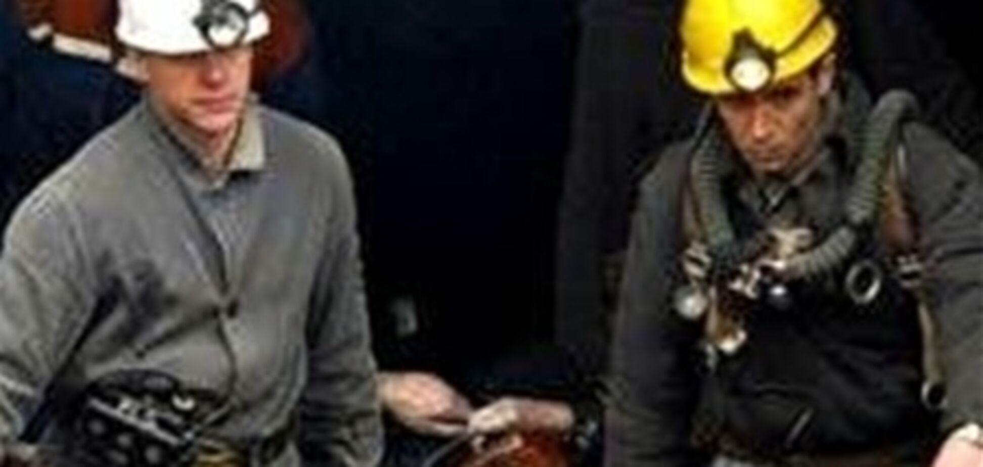 На Луганской шахте вследствие обрушения породы погиб горняк