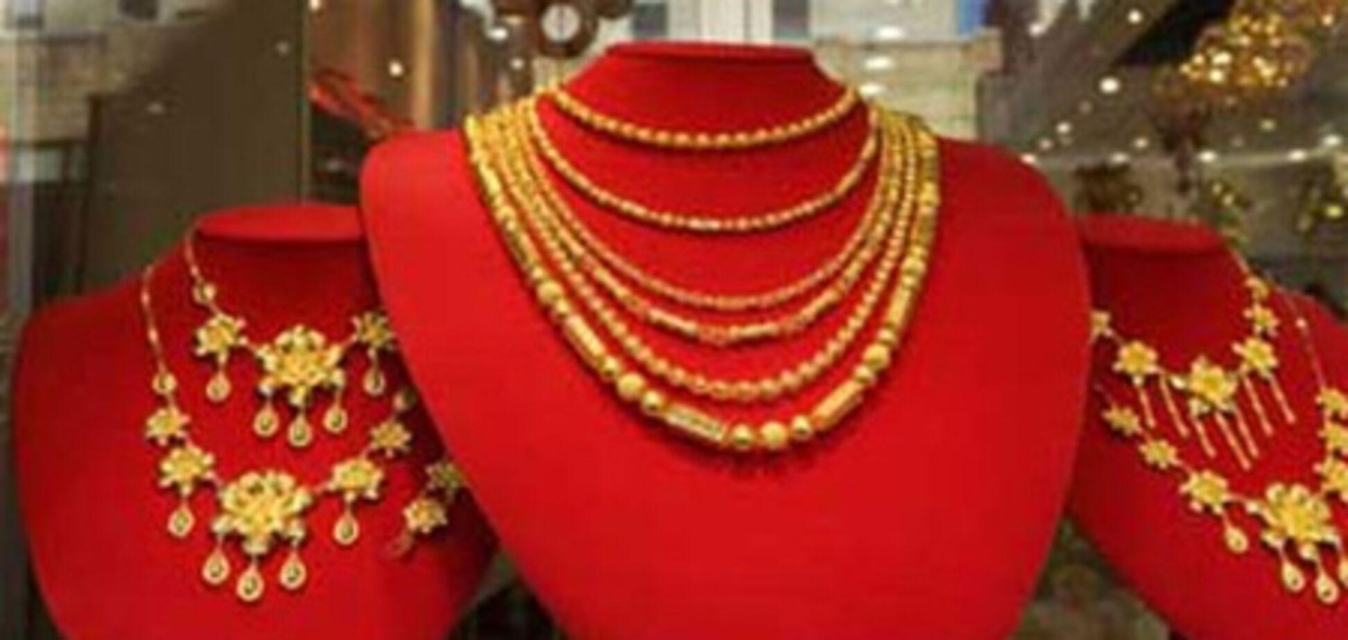 В Харькове ограбили два ювелирных магазина