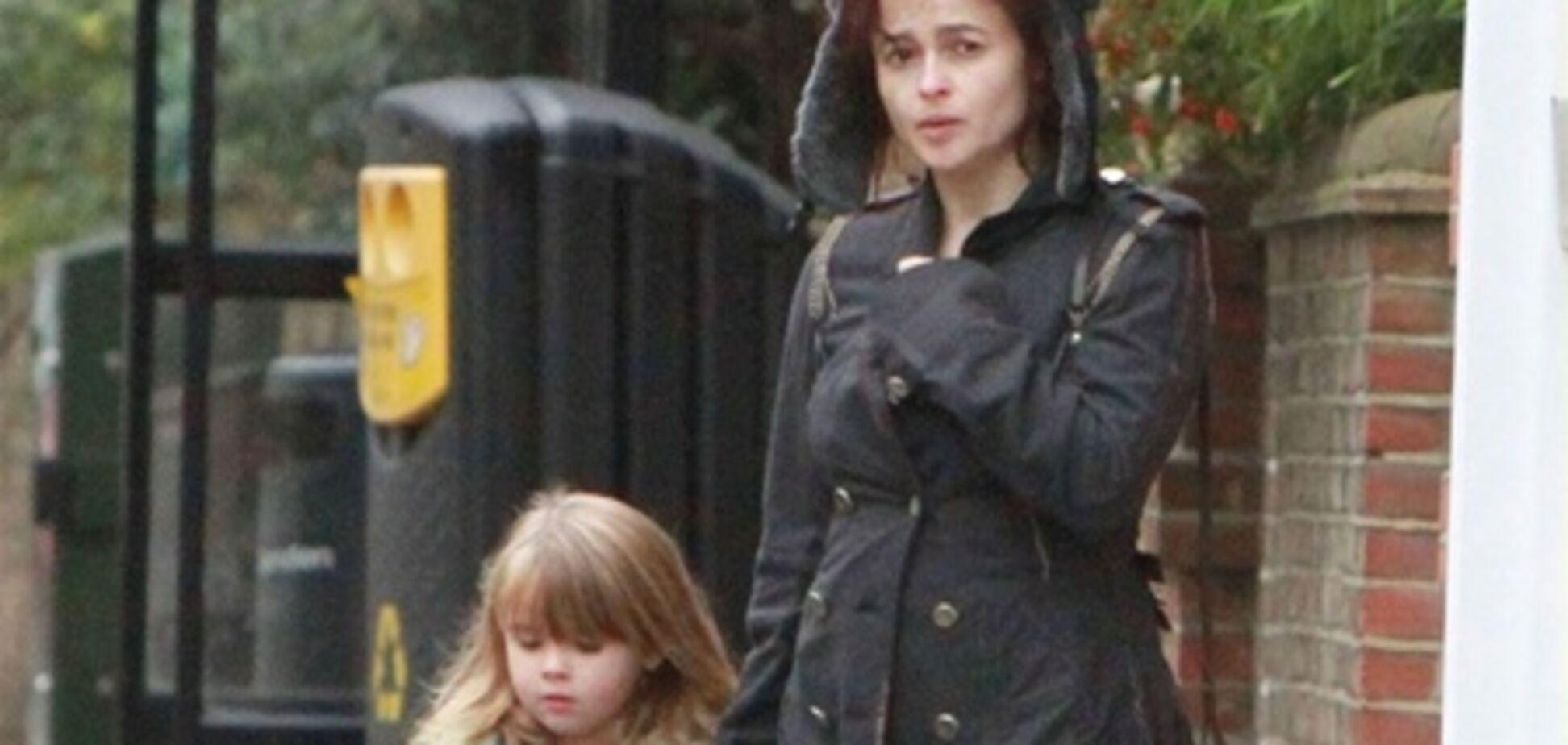 Девушки Картер отправились в супермаркет
