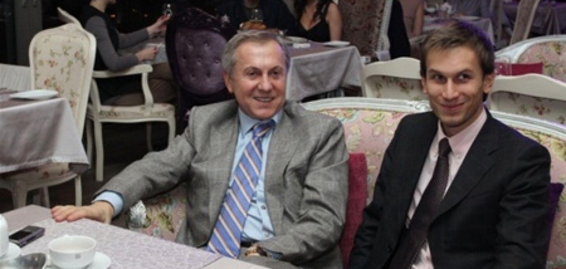 Журавський з сином потусуватися на благодійному балу