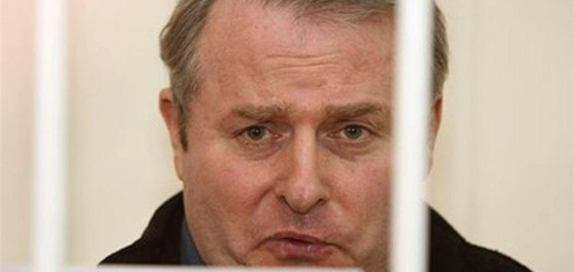 Квітневі тези: журналісти-'холуї', оббризкані депутати та посаджений бютівець Лозинський