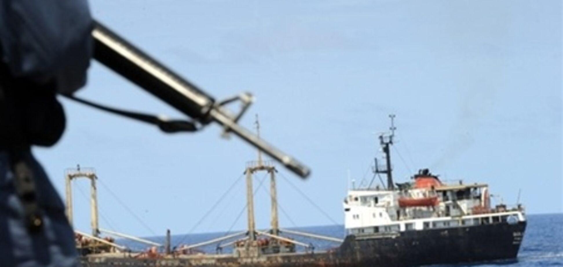 В Индии задержан балкер с украинцами: власти испугались оружия на борту
