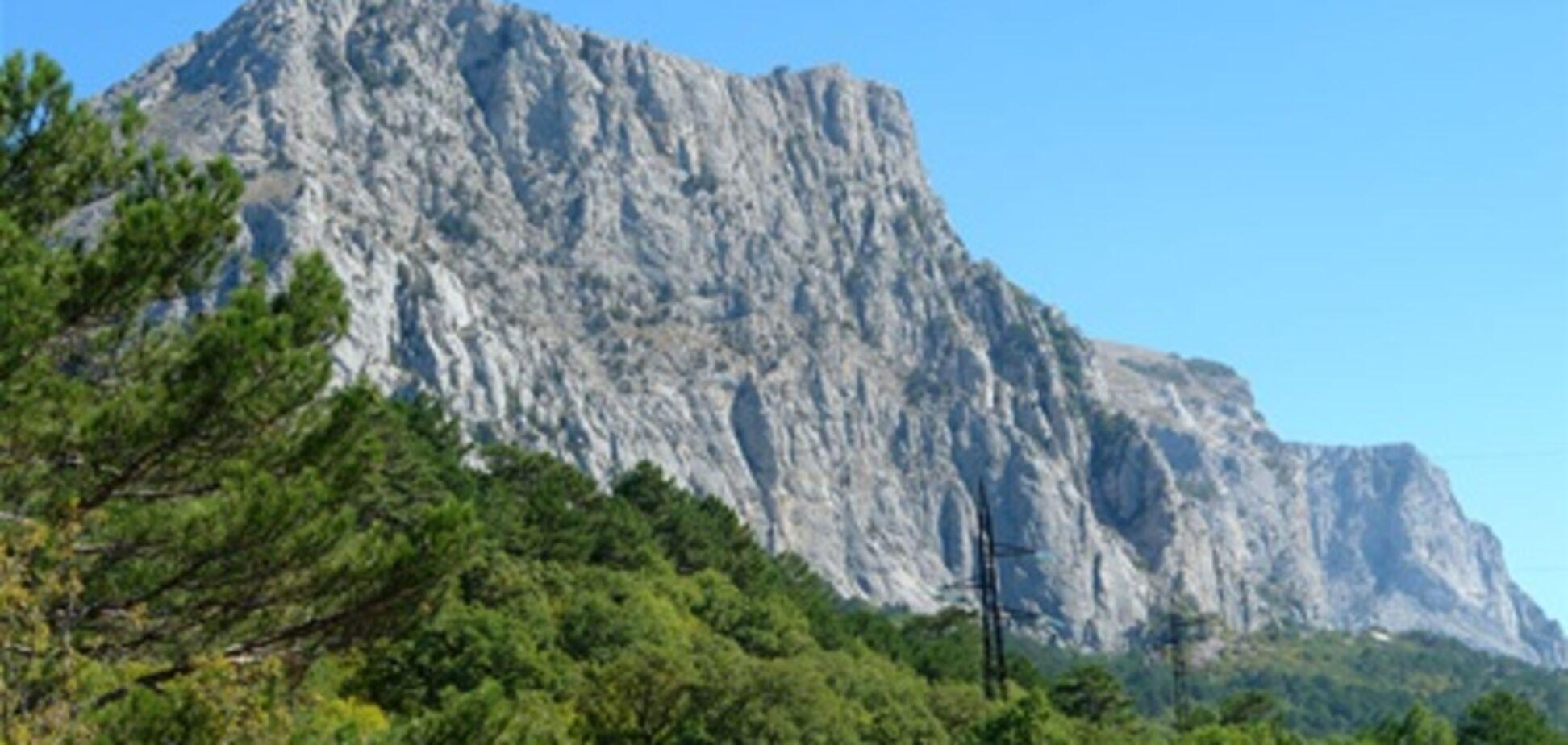 Кримчанин вижив після падіння з 120-метрової гори