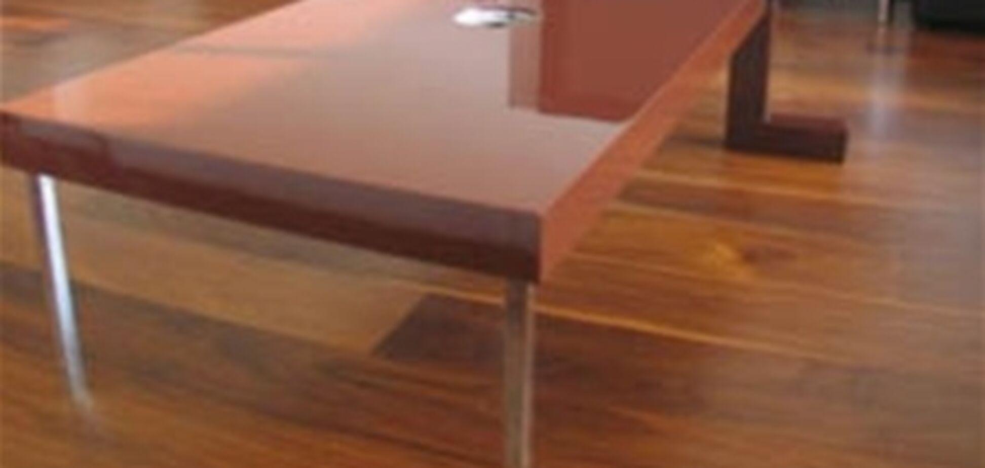 Створена меблі, що харчується комахами і тваринами
