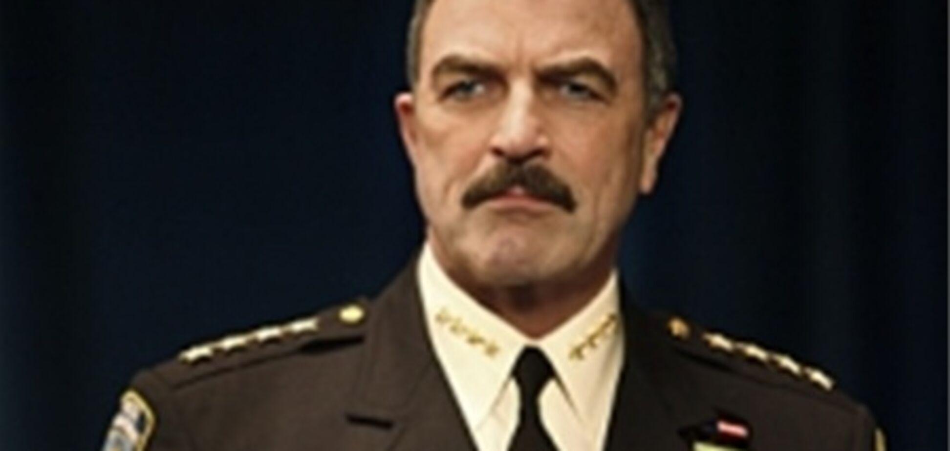 В ім'я дітей поліцейські відростити вуса