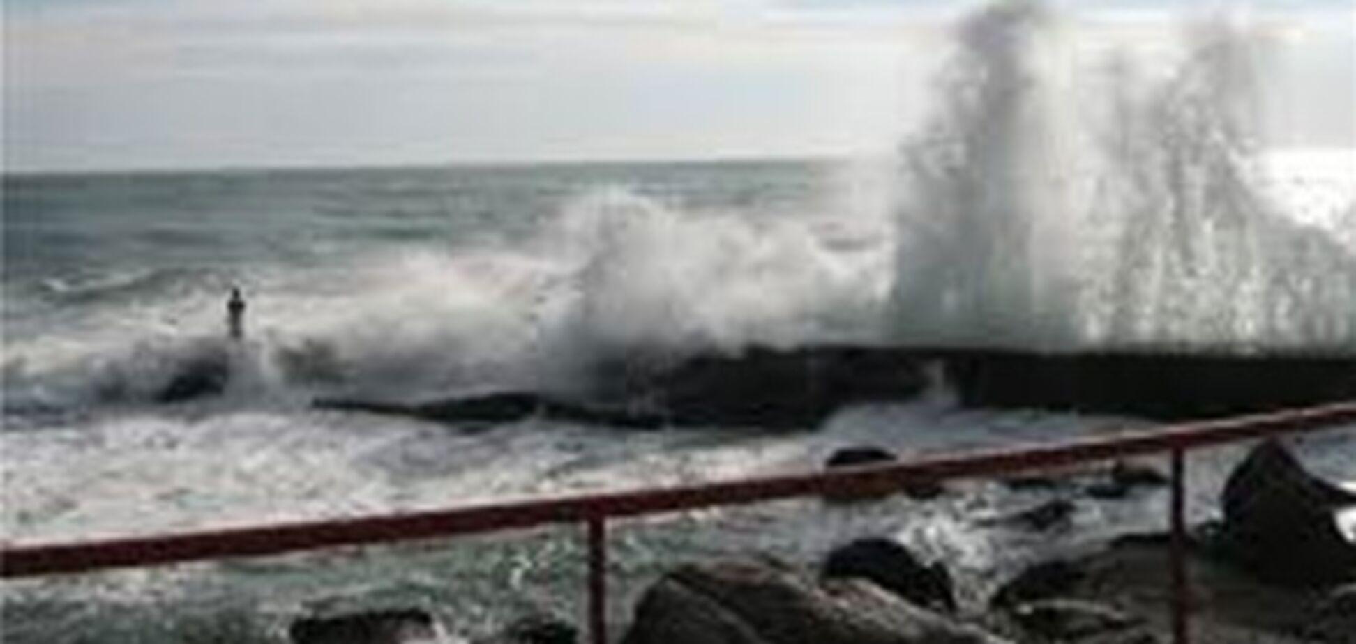 Ялта оценивает ущерб от урагана в 800 тысяч гривен