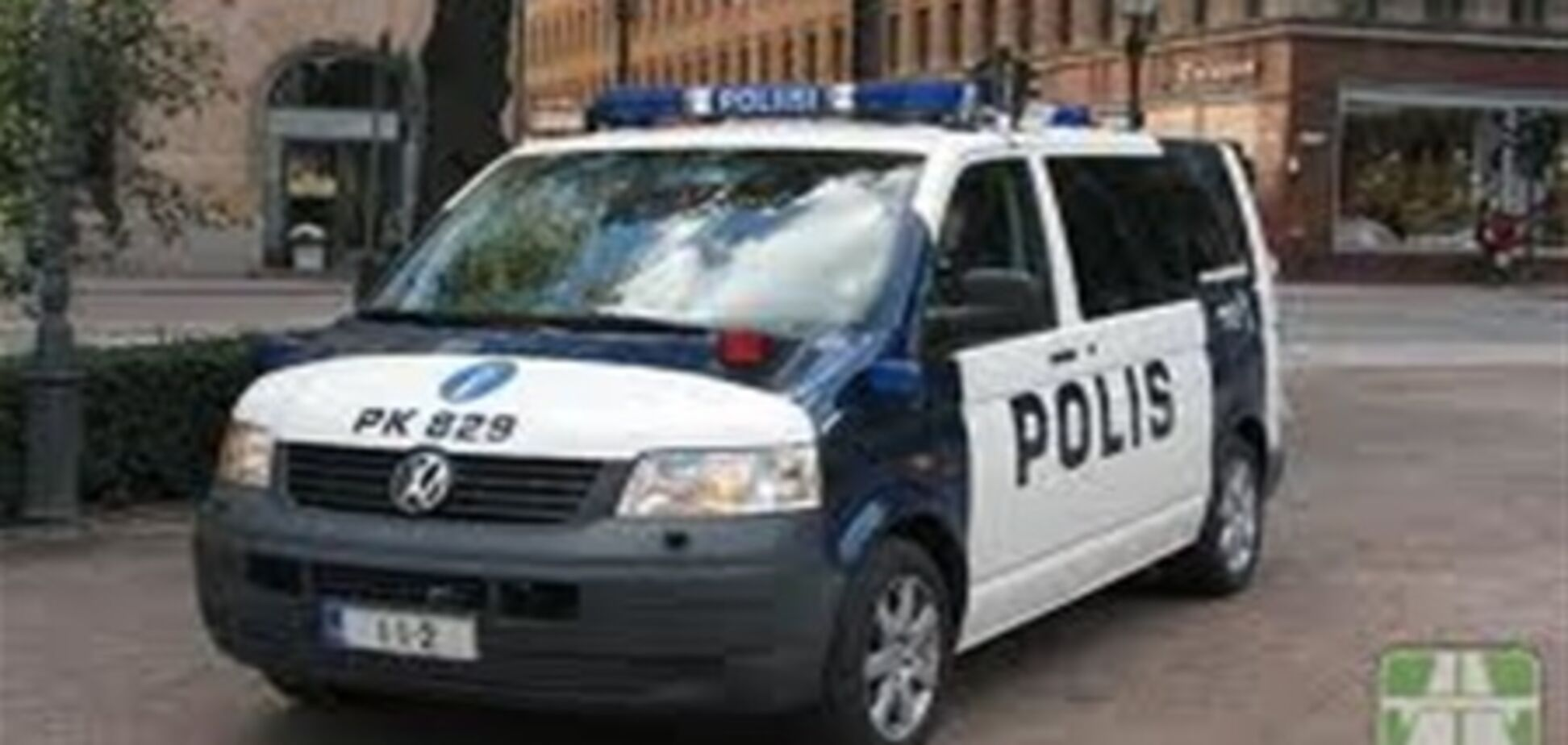 LIVE. Финская полиция против горячего эстонского парня на рынке