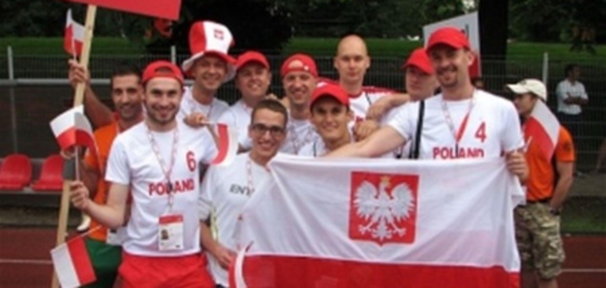 Геи-фанаты требуют независимости на Евро-2012