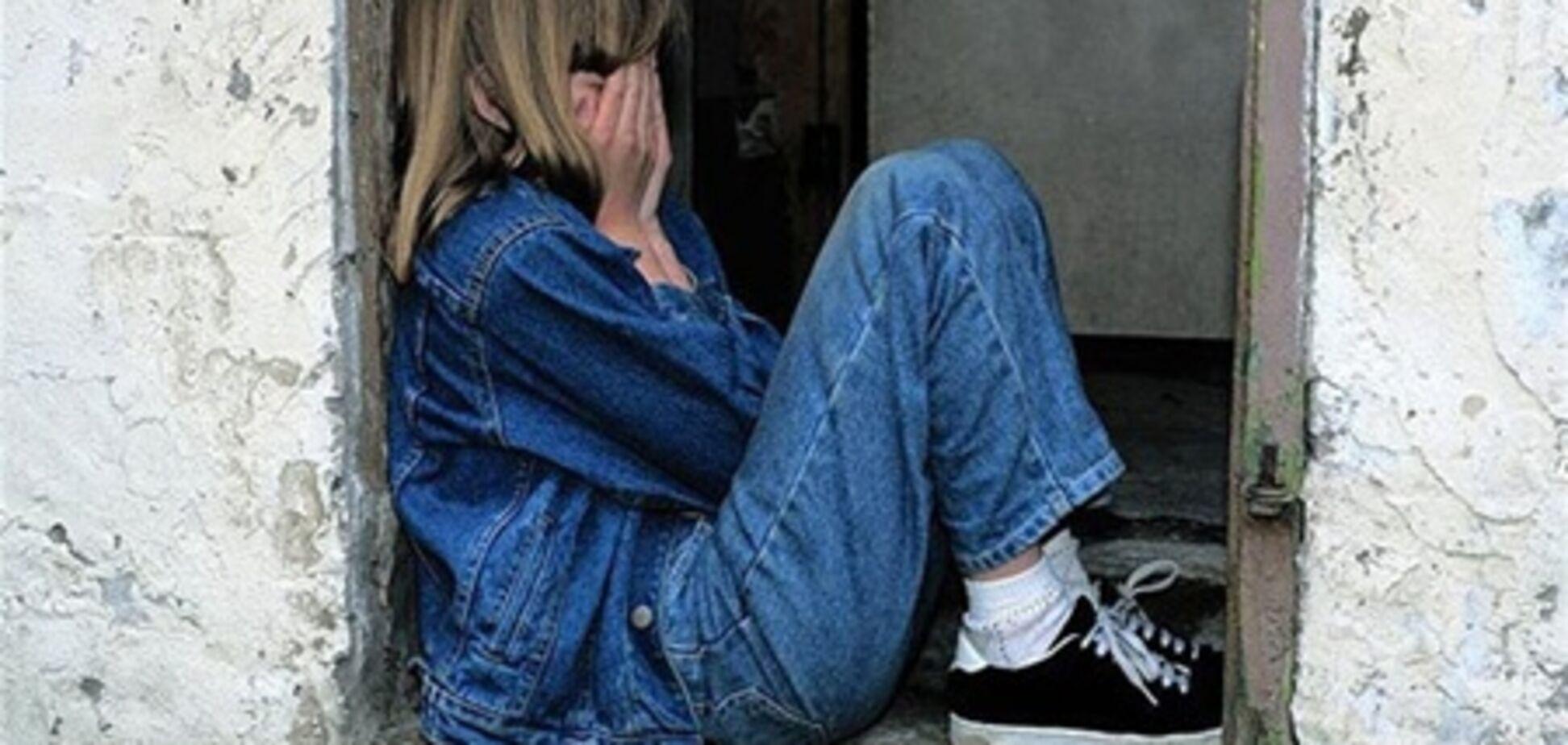 У Житомирі школярки жорстоко познущалися над 8-класниця