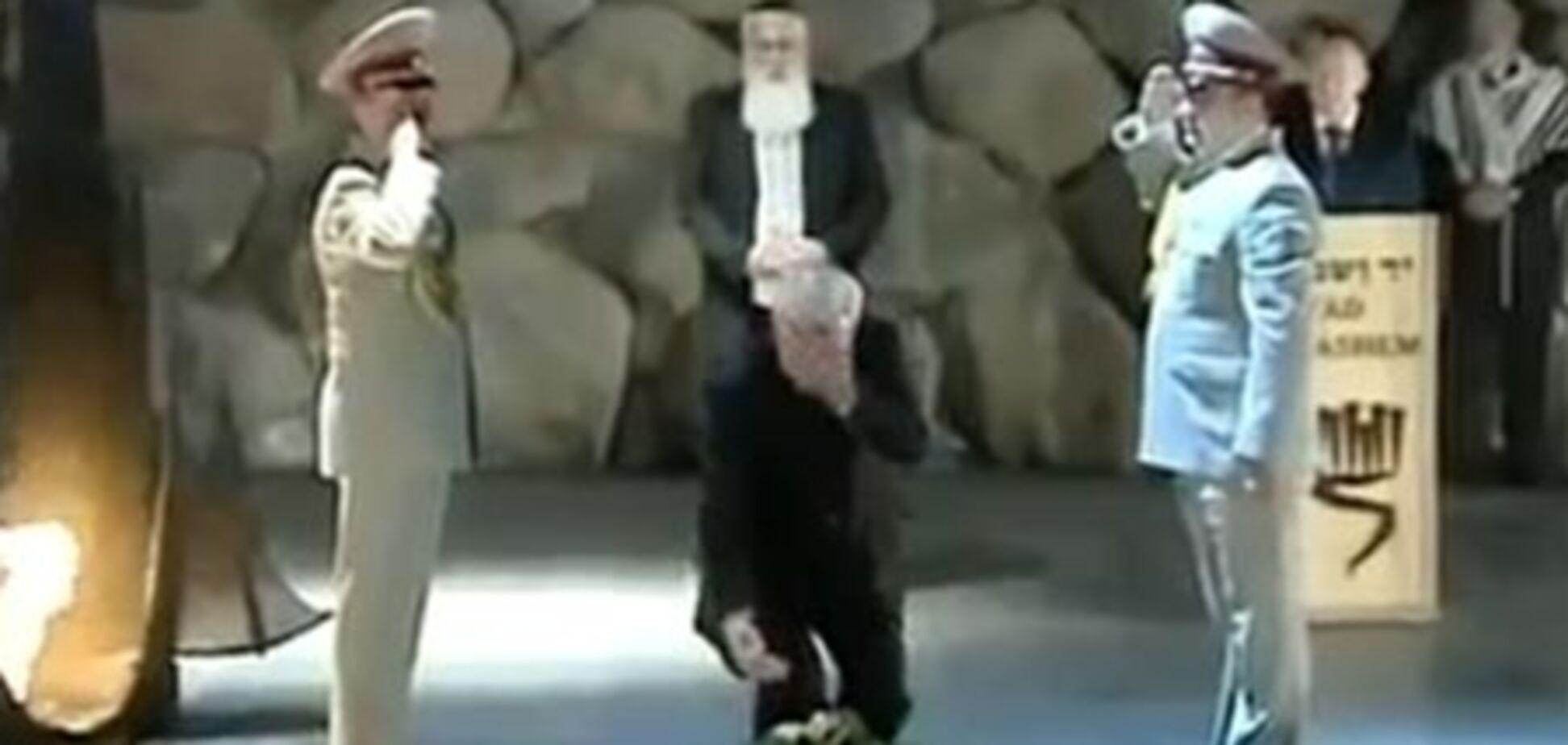 Азарову в Израиле тоже не повезло с возложением венка