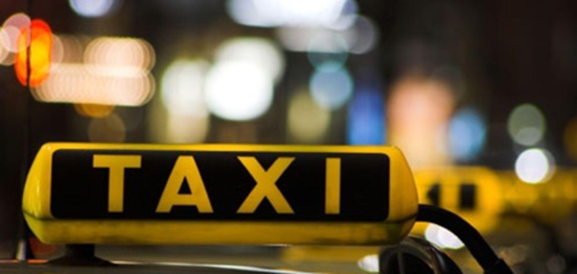 У Хмельницькому п'ять таксистів налагодили збут наркотиків в клубах