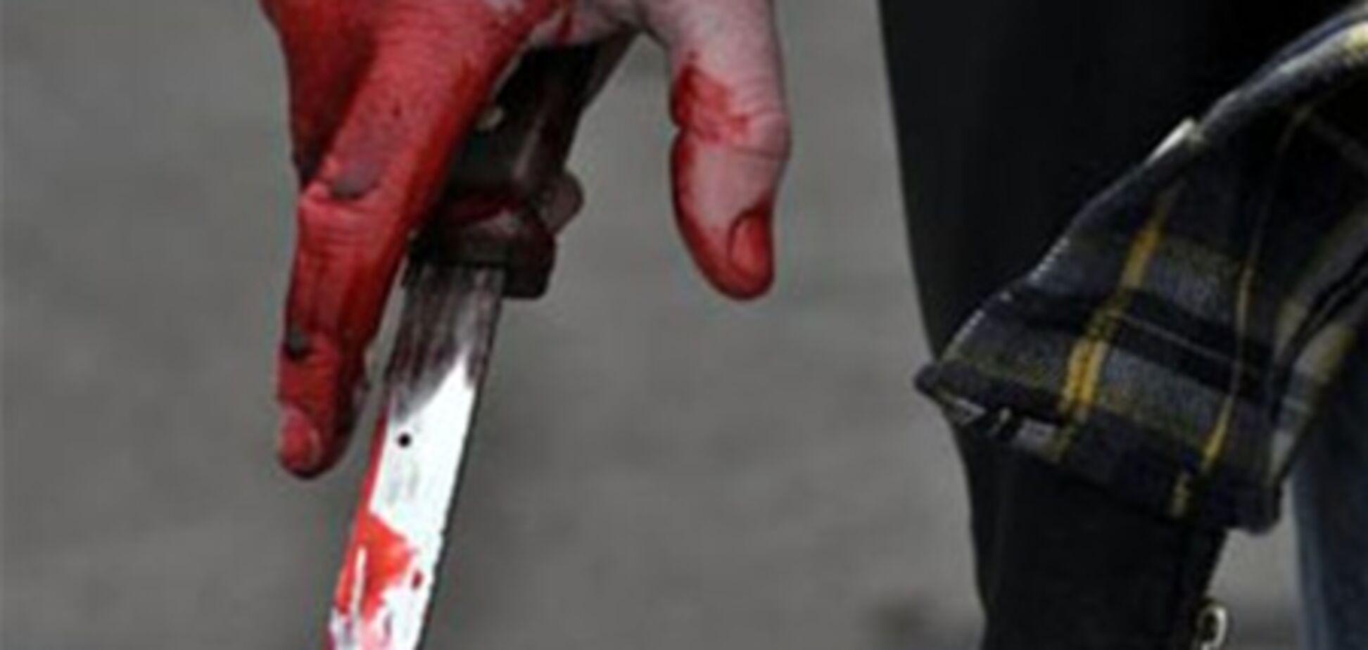 У Росії грабіжник штрикнув ножем вагітну жінку