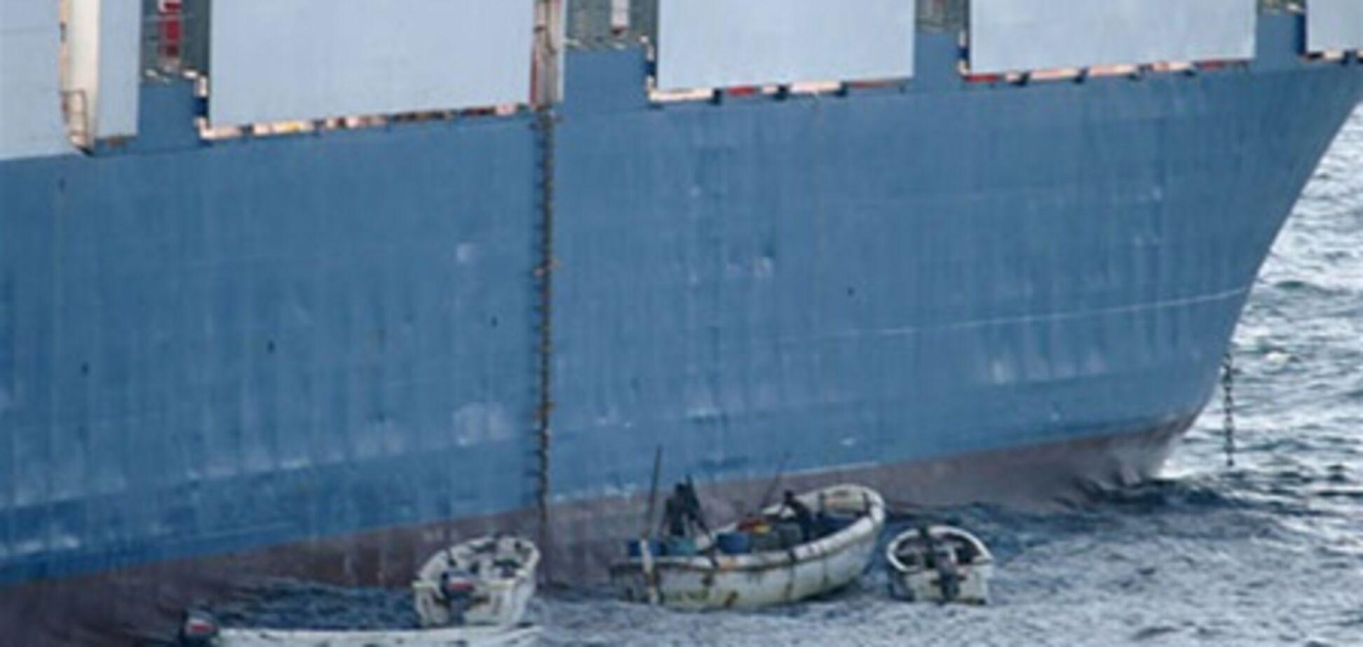 Пірати захопили танкер з українцями на борту, 29 березня 2011