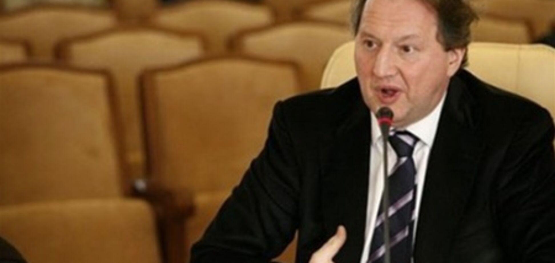 От подчиненного Черновецкого потребовали 1,6 милн гривен