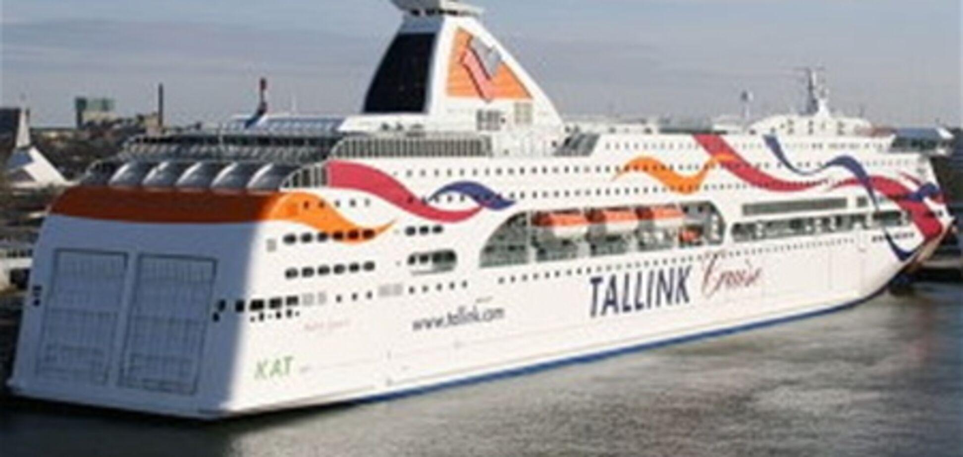 Эстонцы сдвинули с места корабль