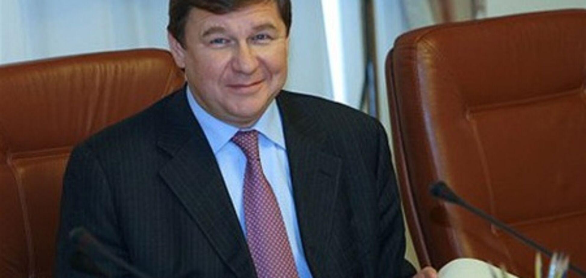 Сына Поживанова не выпустили из Киева