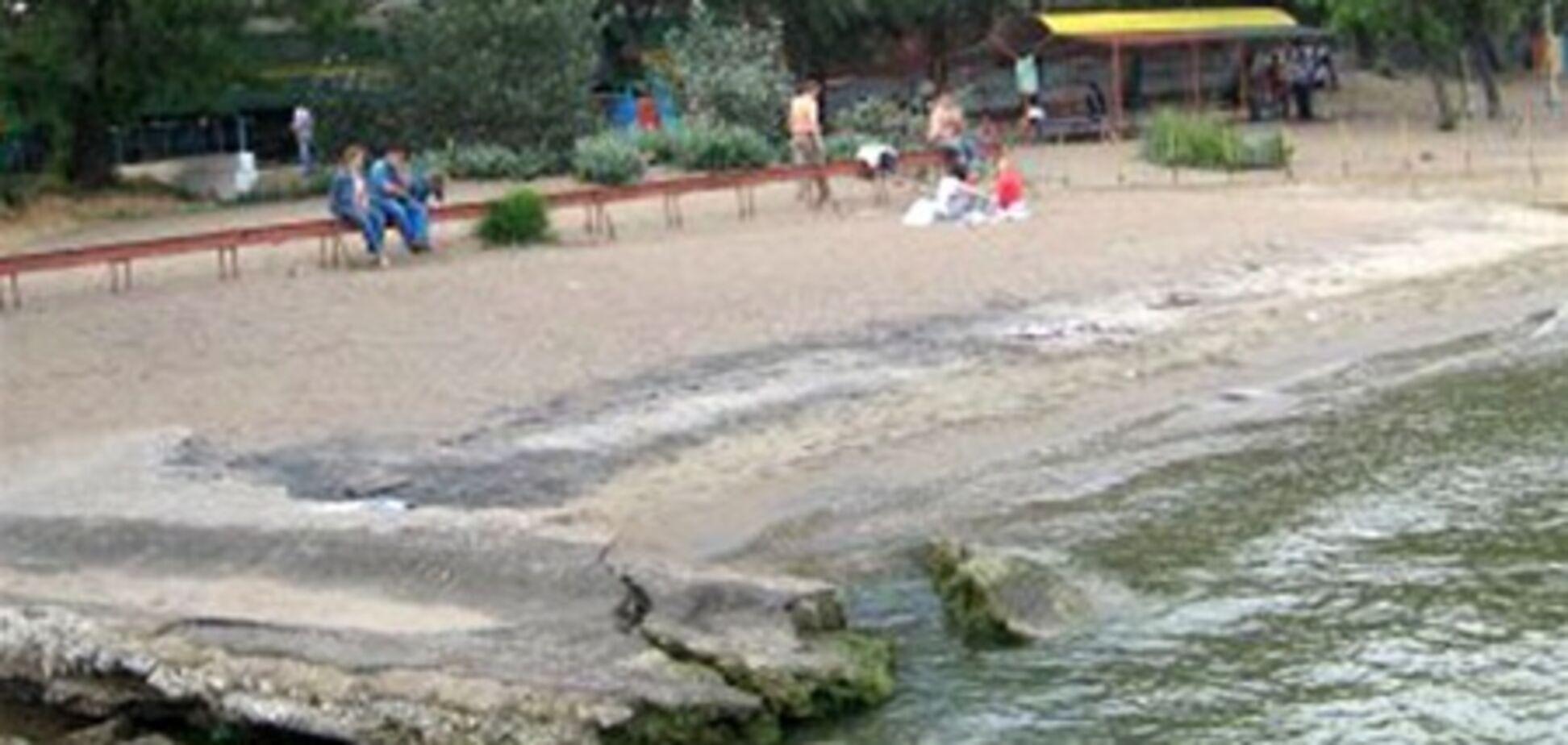 Холера в Мариуполе: запрещено купаться в море, ловить и продавать рыбу