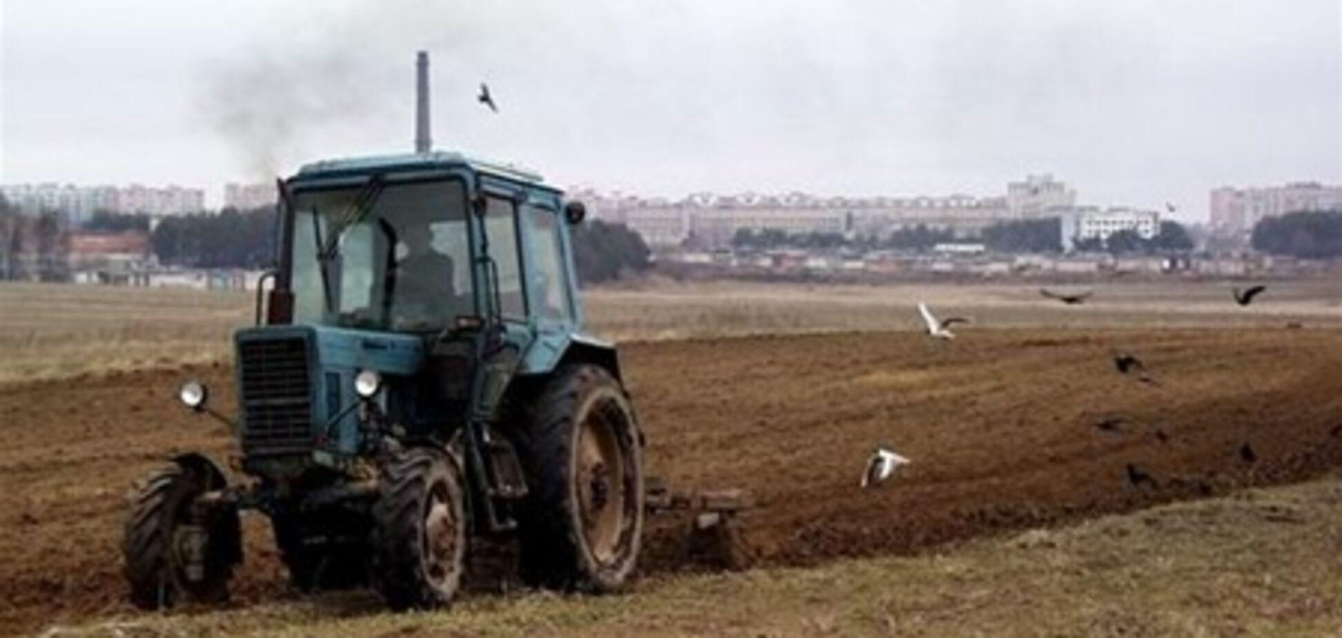 Під Одесою трактор підірвався на міні