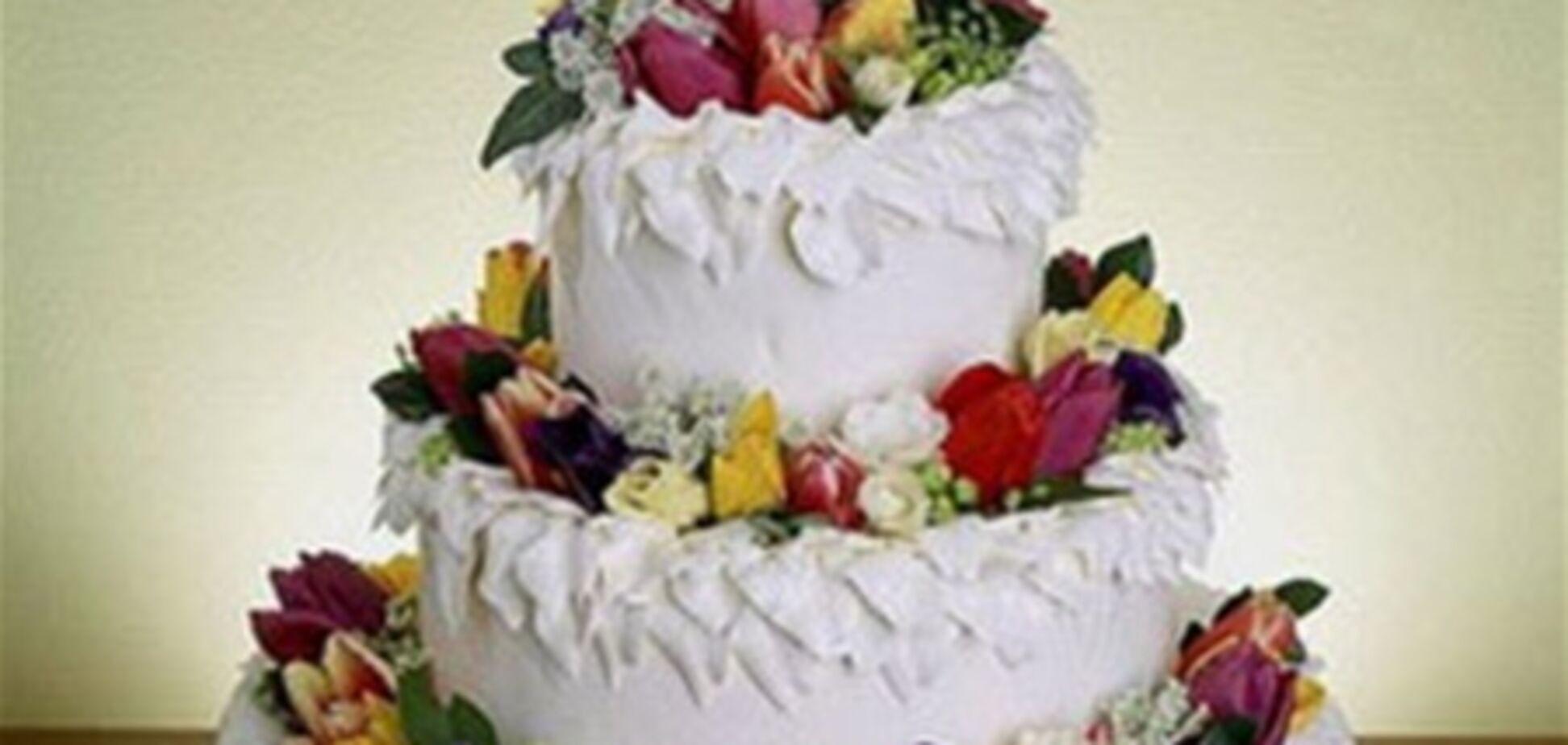 Як вибрати весільний торт