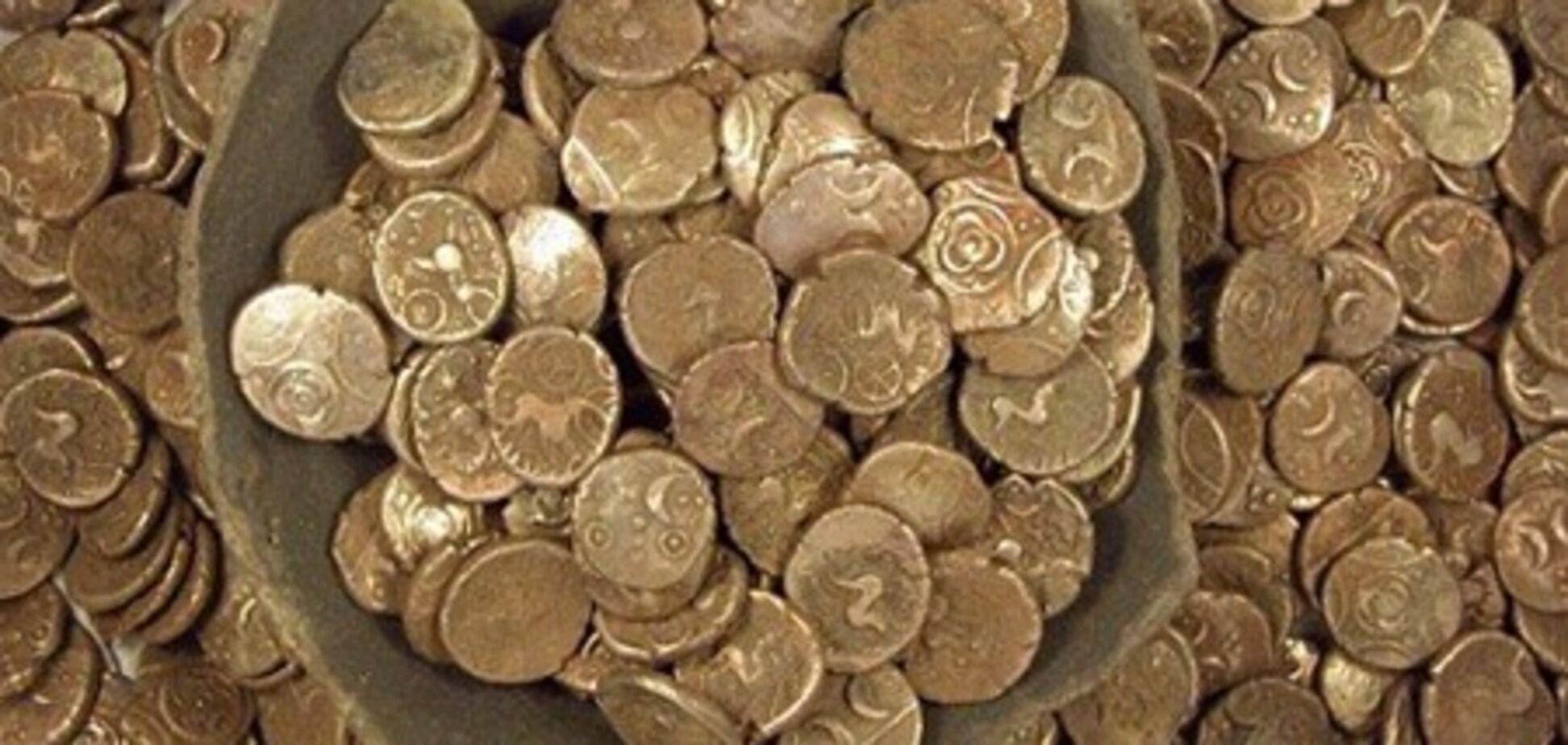 Семейная пара в своем доме обнаружила клад на 100 тыс. евро