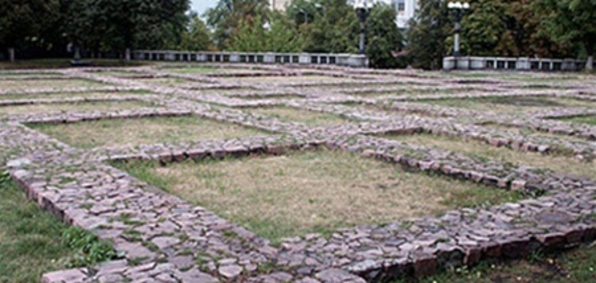 Строить на месте Десятинной церкви можно - археологи