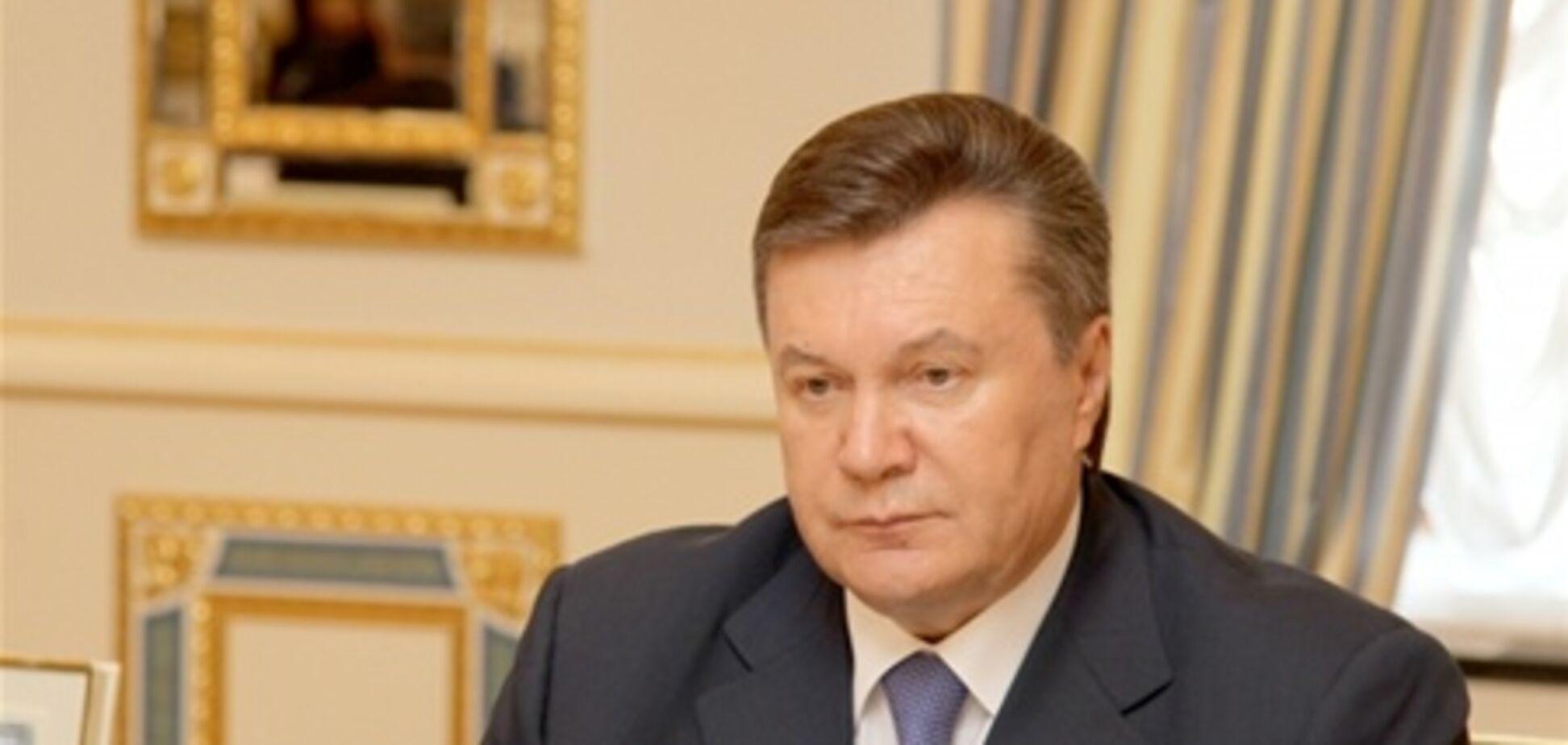 Янукович не поедет в Крым на празднование дня ЧФ