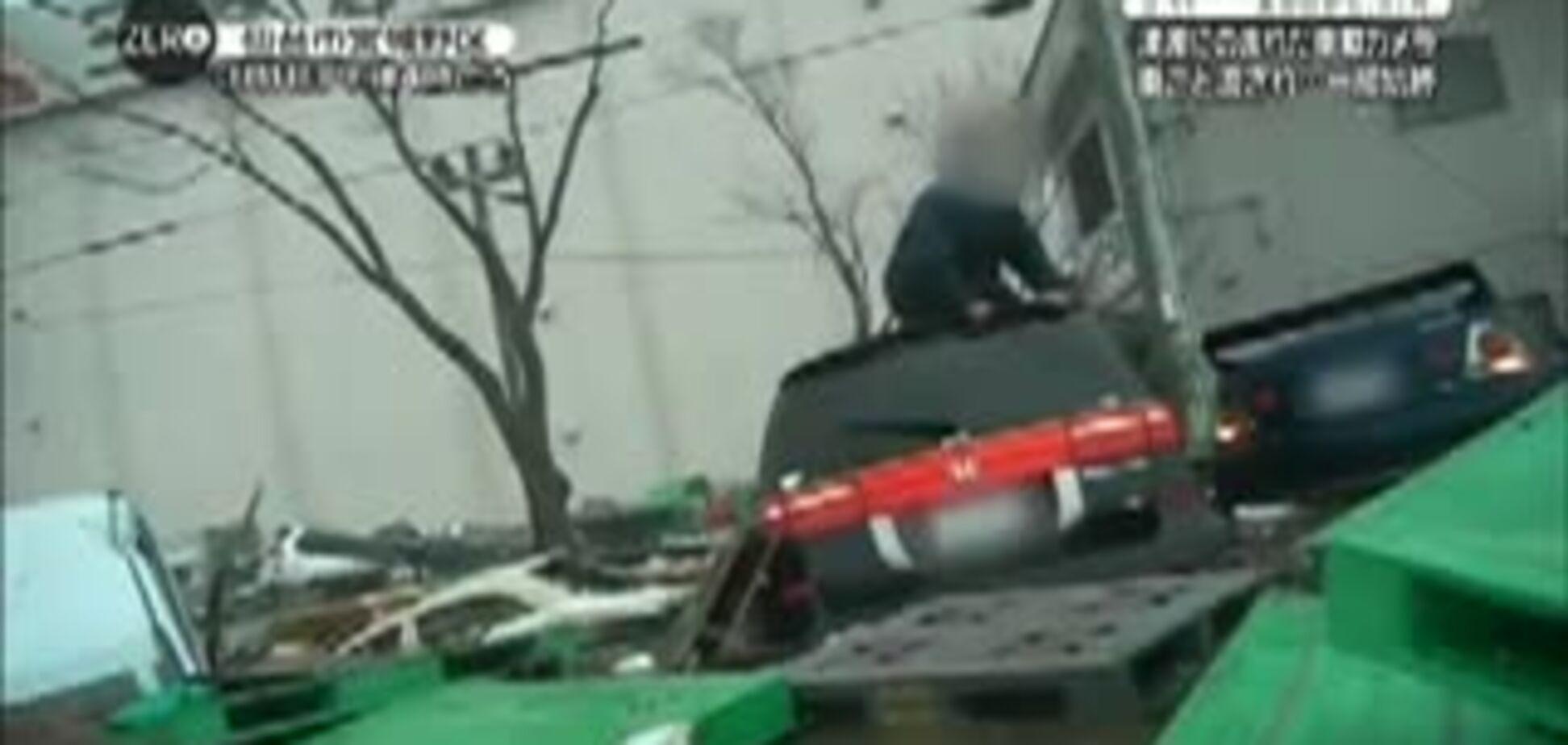 Начало цунами в Японии