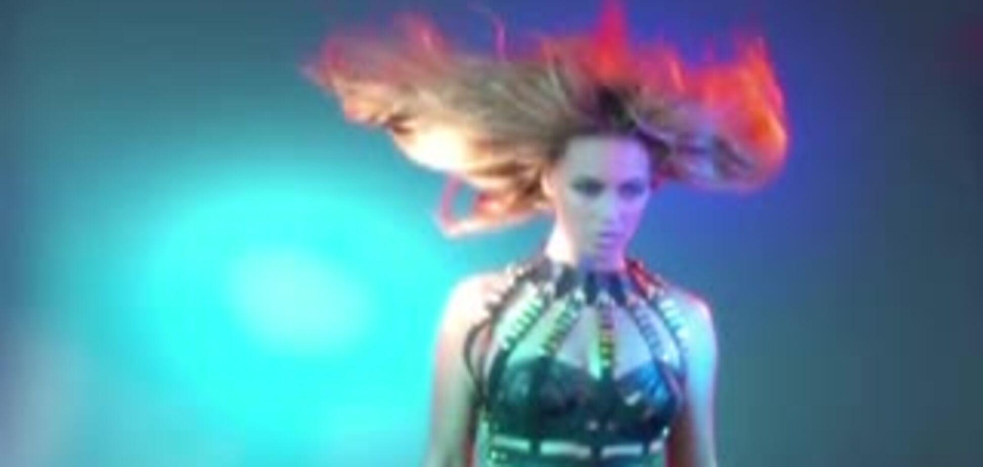 Соблазнительные танцы Бейонсе во время фотосессии для журнала