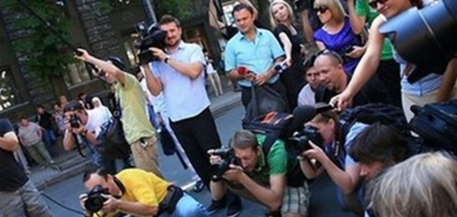 В журналистском пуле Януковича из 14 сотрудников меняют 4-х
