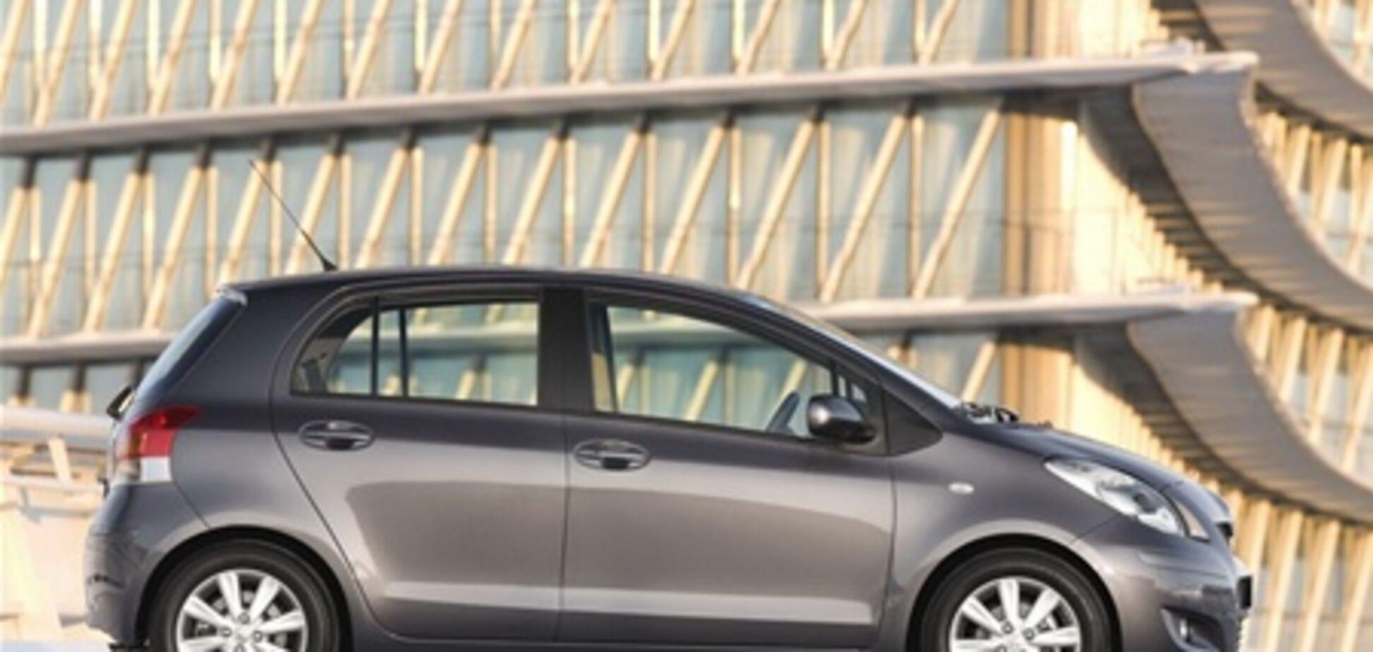 Новая система безопасности Toyota: автомобиль будет сам тормозить и менять направление