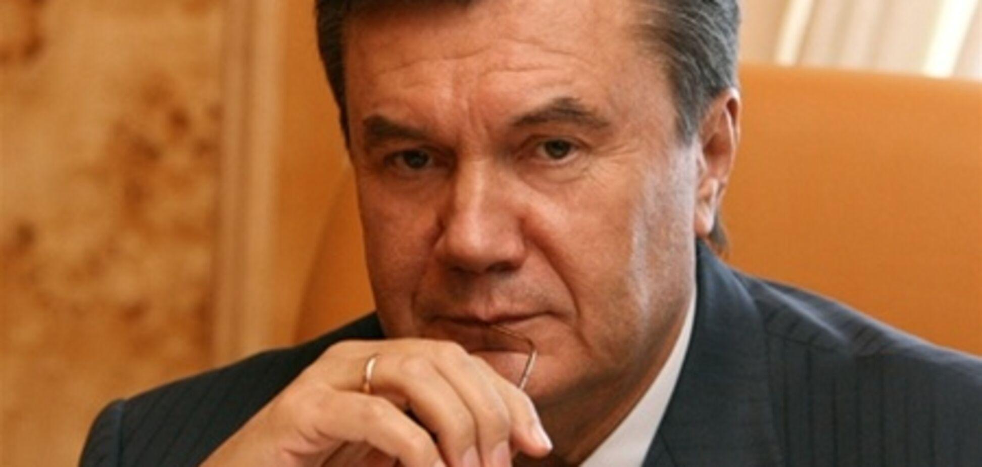 Янукович підписав закон про забезпечення порядку на футболі