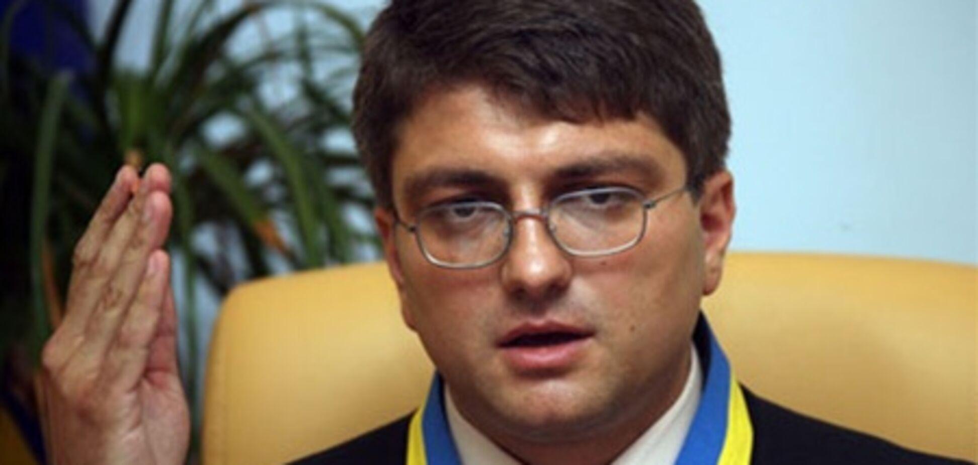 Суд не дал Тимошенко защитника и взялся за допрос Дубины