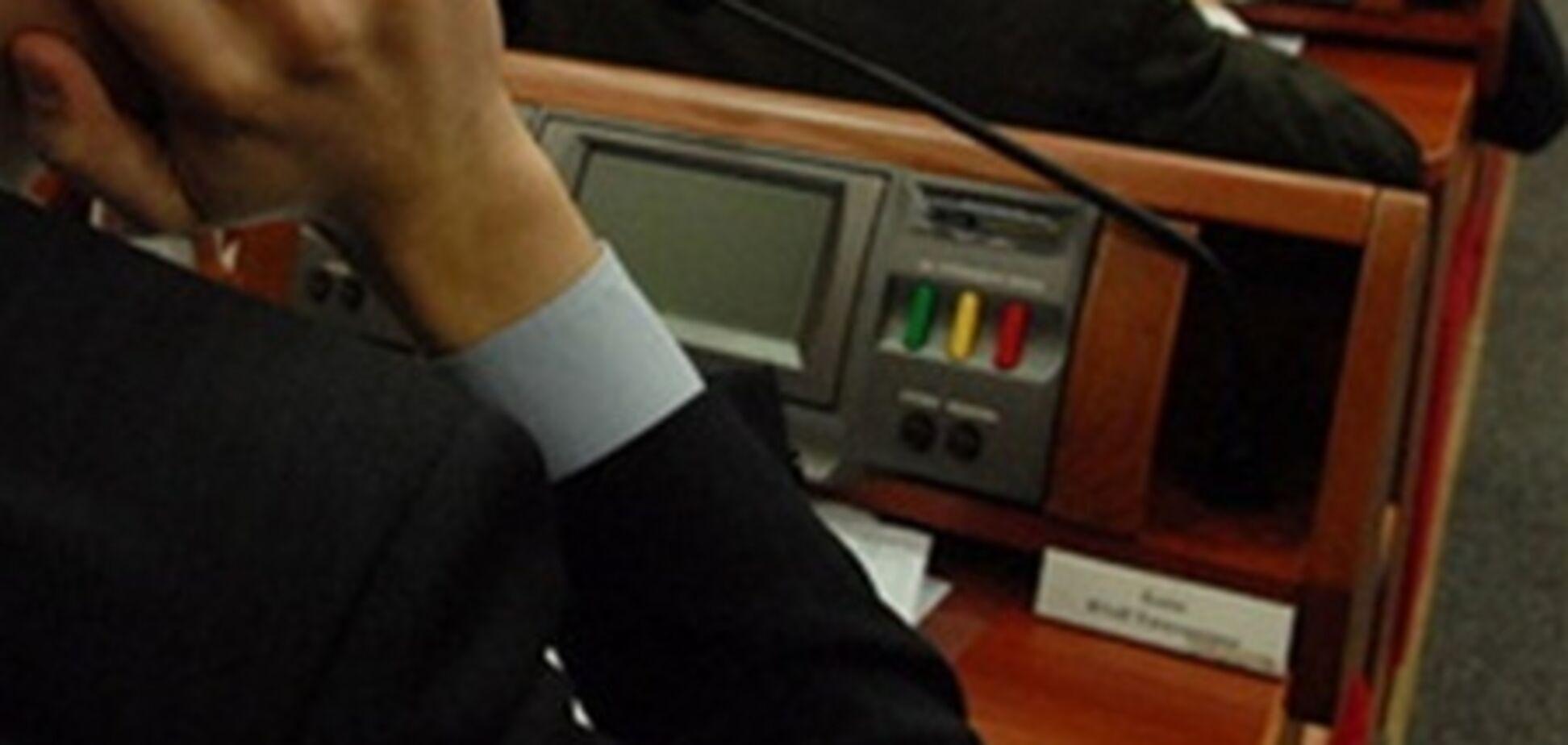 Киевсовет сэкономит на бумаге, но купит всем депутатам по iPad