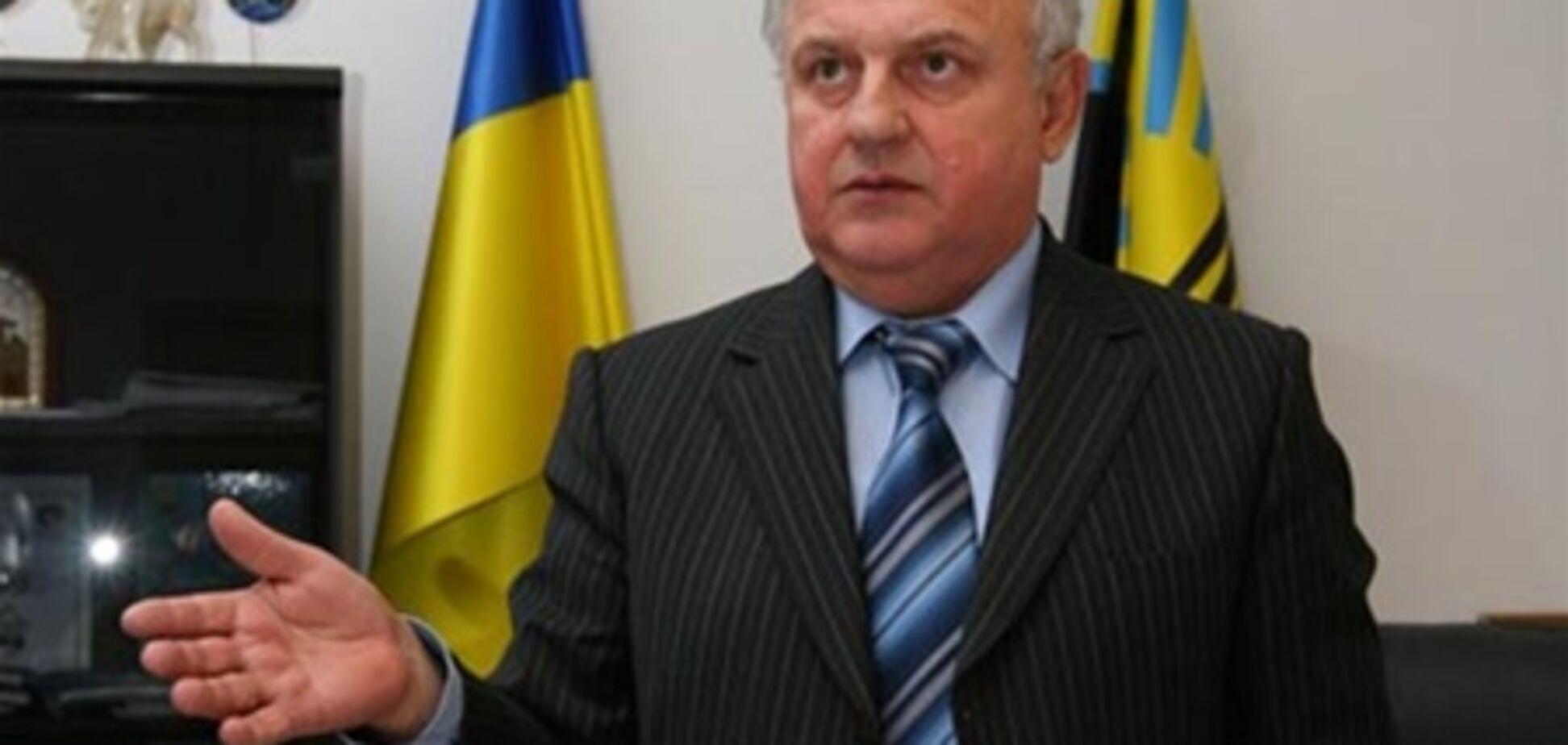 Кабмин ликвидирует еще два министерства: уволят 72 чиновника