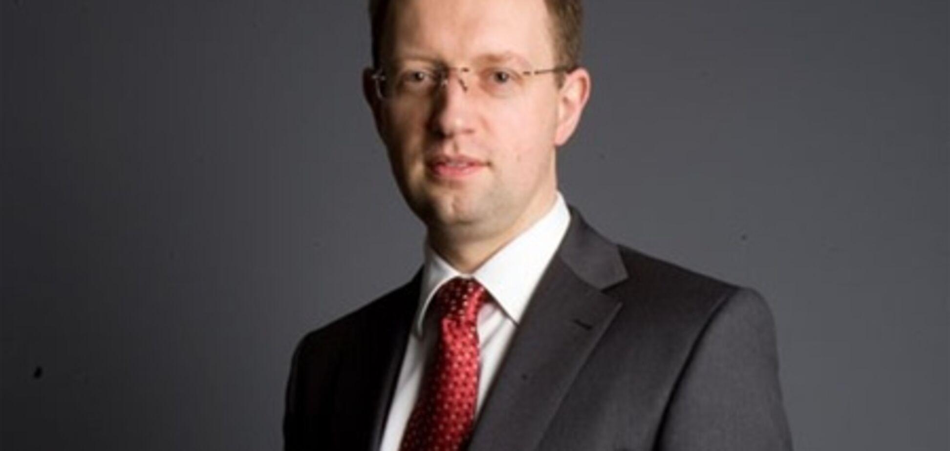 Яценюк дал свои рекомендации в связи с возможным дефолтом США
