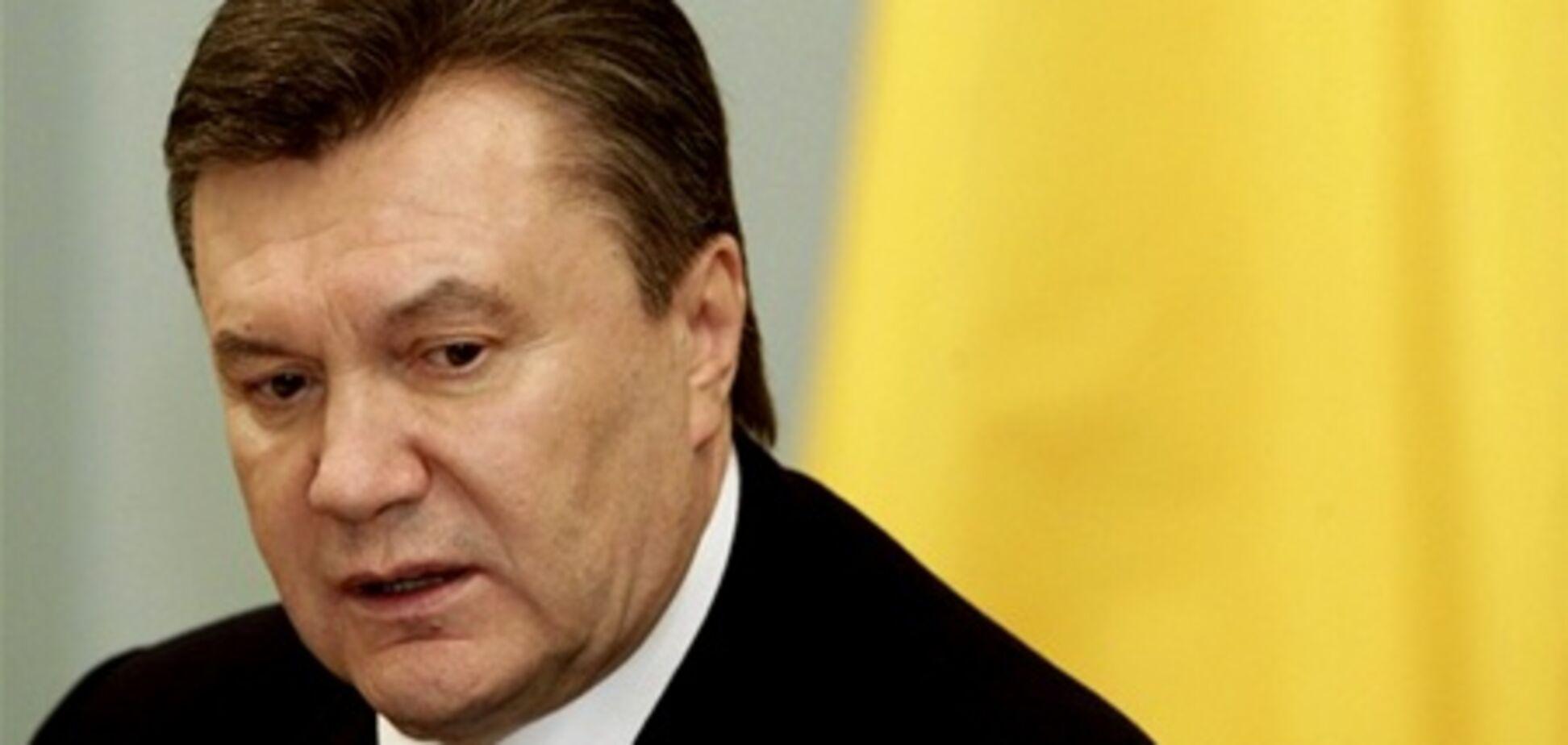 Янукович назвал две версии взрыва на шахте