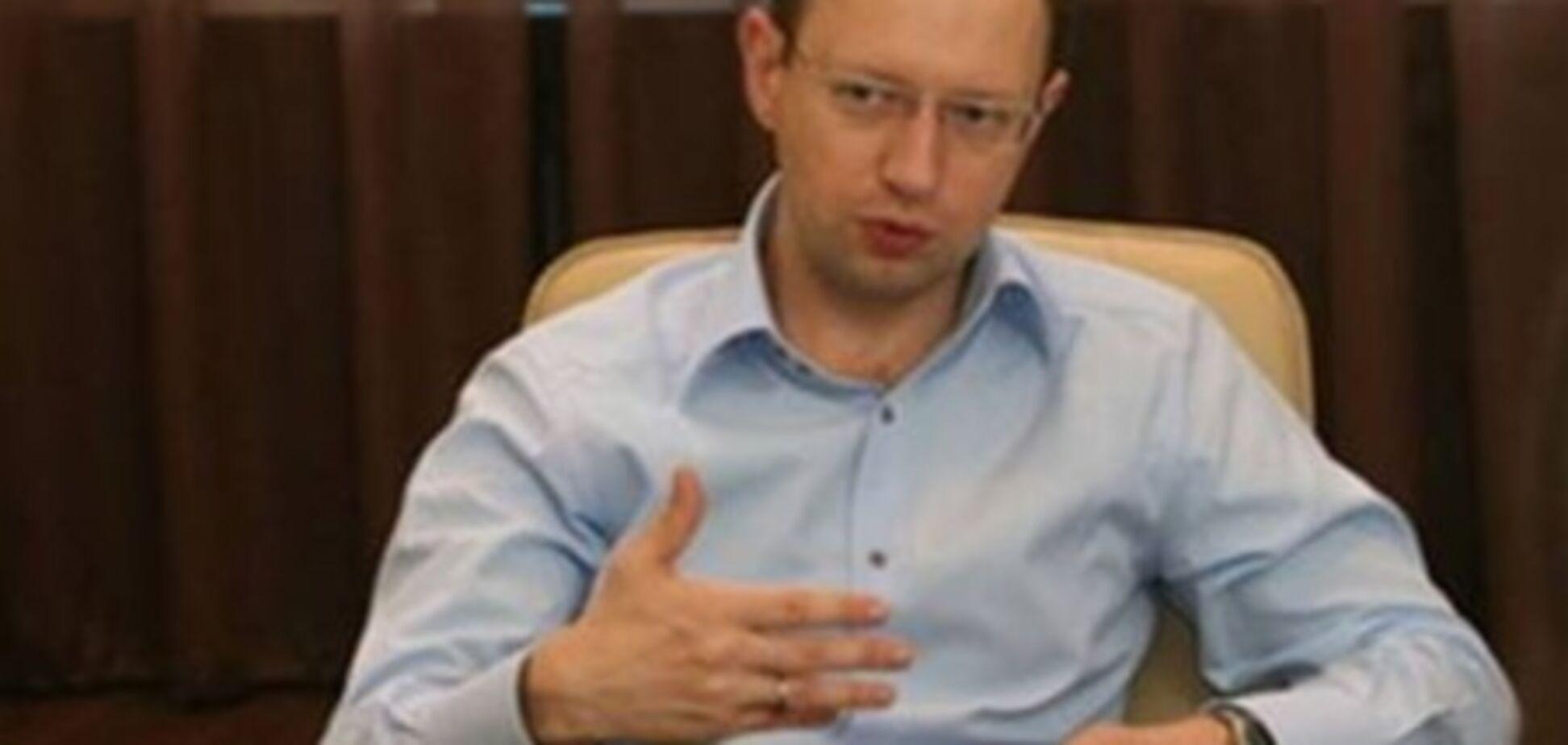 Дефолту США ніхто не допустить - Яценюк