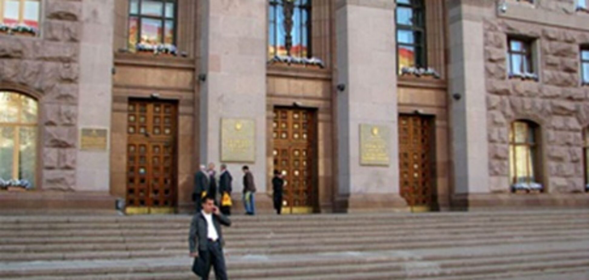 Экс-мэр назвал претендента на пост Черновецкого