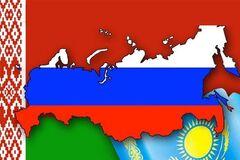 Янукович: Украину в ТС устроит только формула '3+1'