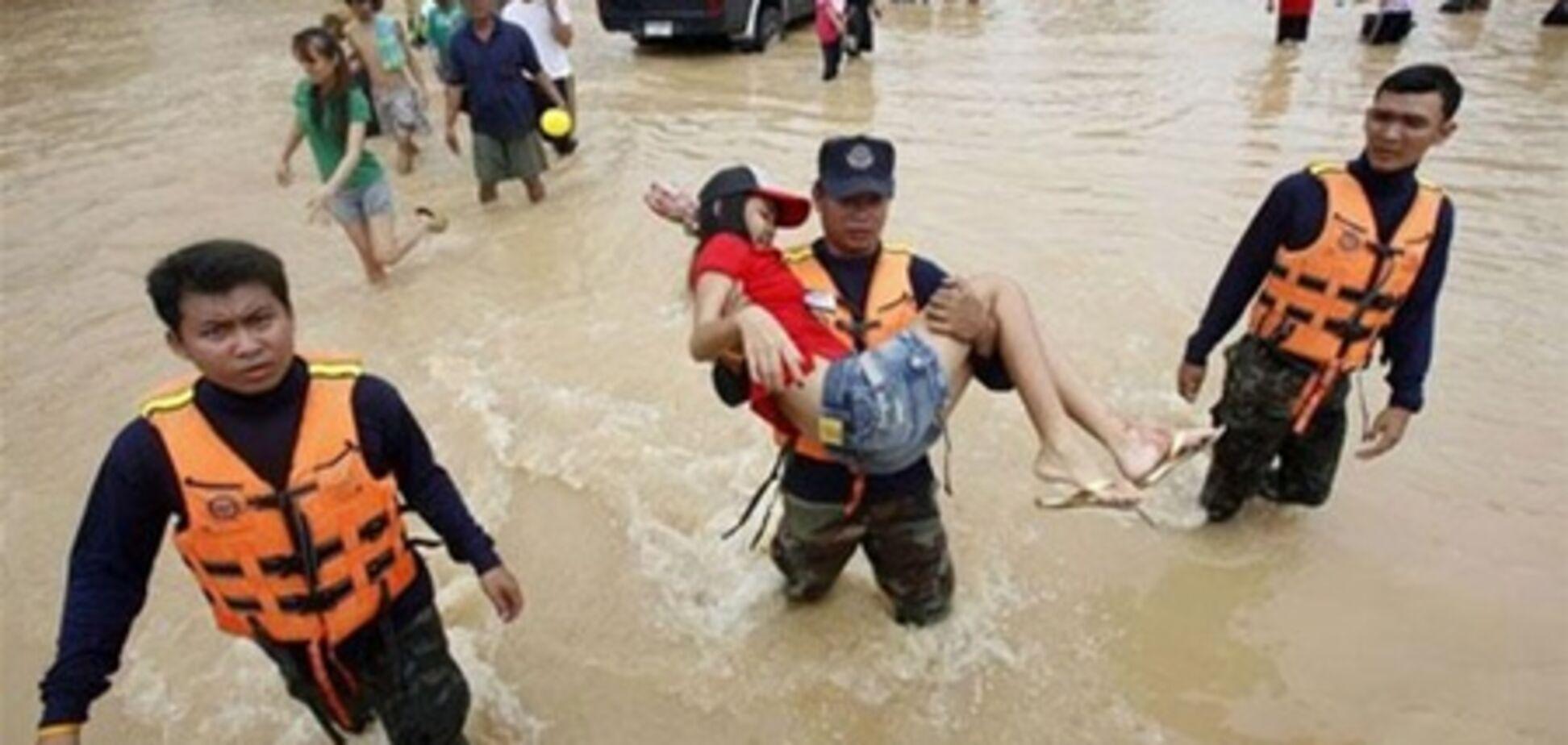 В крупнейшем курорте Таиланда Паттайе наводнение затопило городские улицы