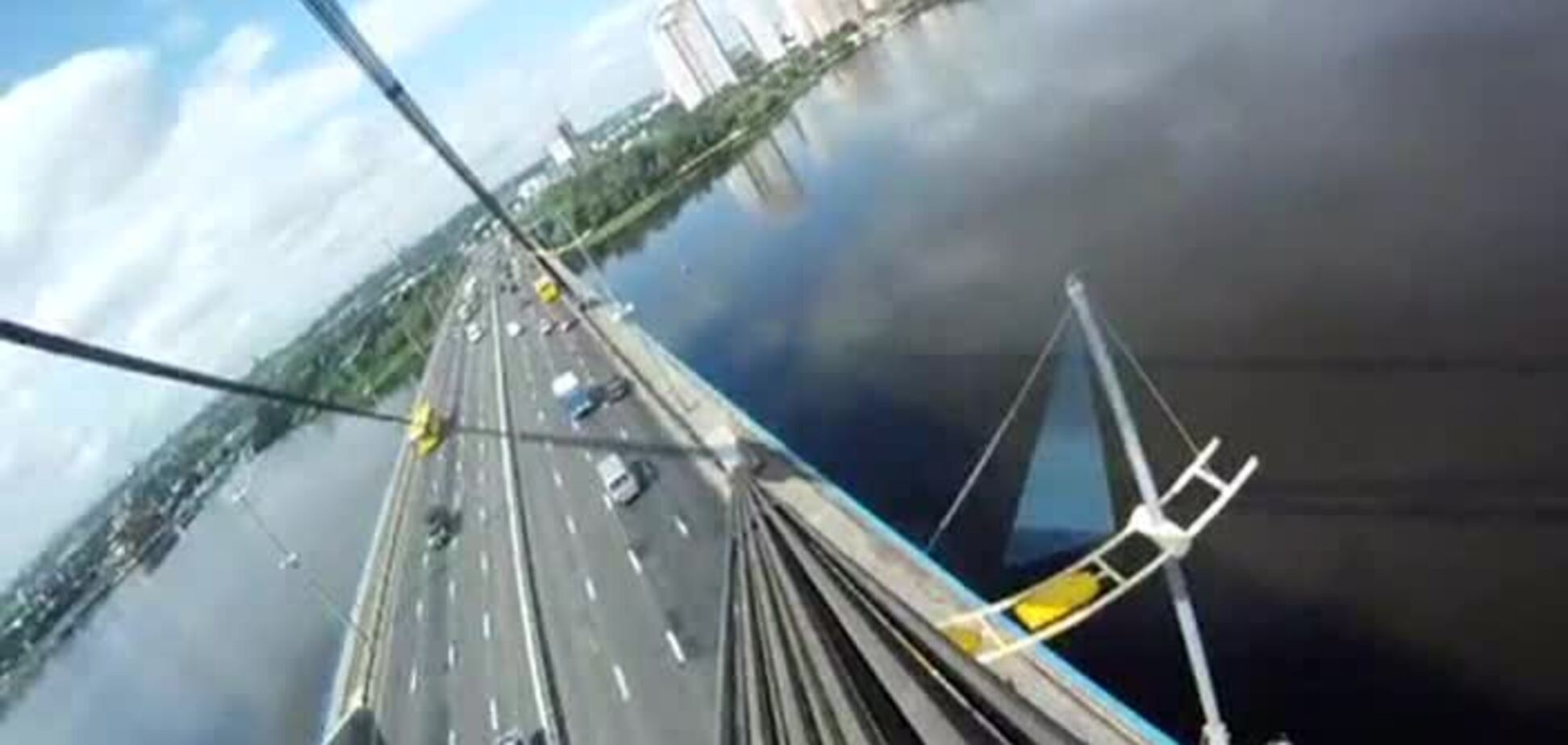 Московский мост по вантам