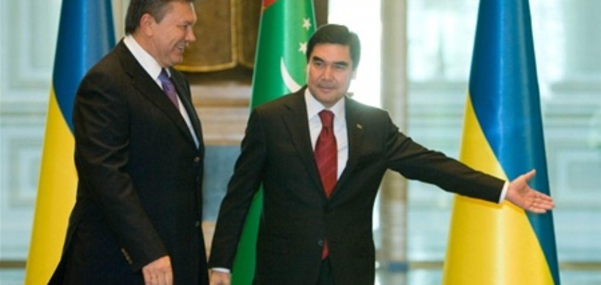 Янукович договорился в Туркменистане о дешевом газе